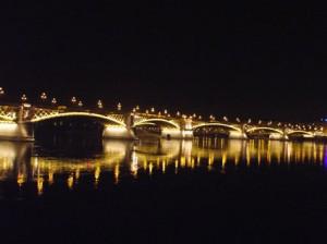 Margit híd díszkivilágítás